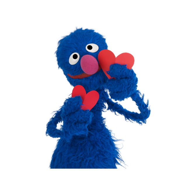Grover holding hearts