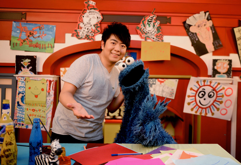 Pianist Lang Lang and Cookie Monster